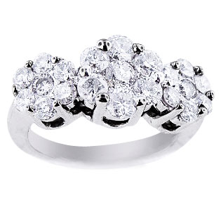 14K White Gold Round Invisible Diamond 156 Carats Cluster 3 Stone